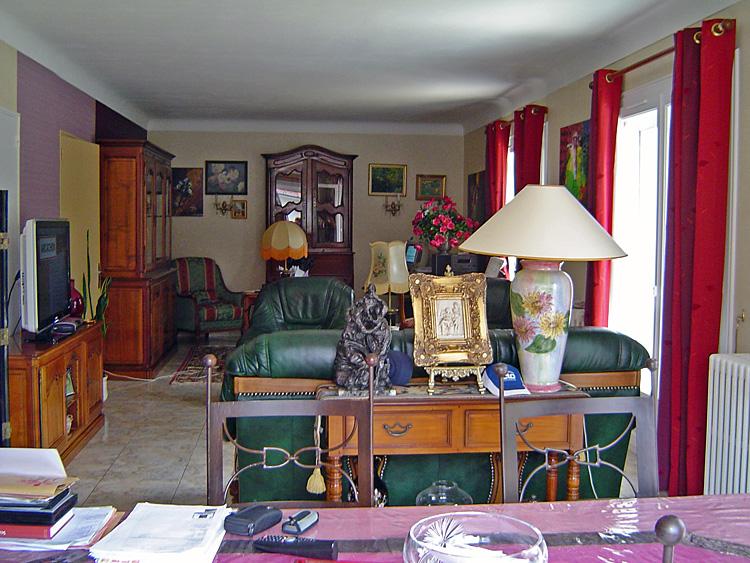 D co retapisser salon quel papier peint choisir conseils Quel papier peint avec meuble merisier